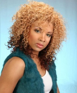 short-curly-weave-hairstyles-36