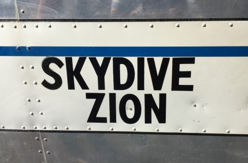 Skydive Zion plane (1) (Medium)